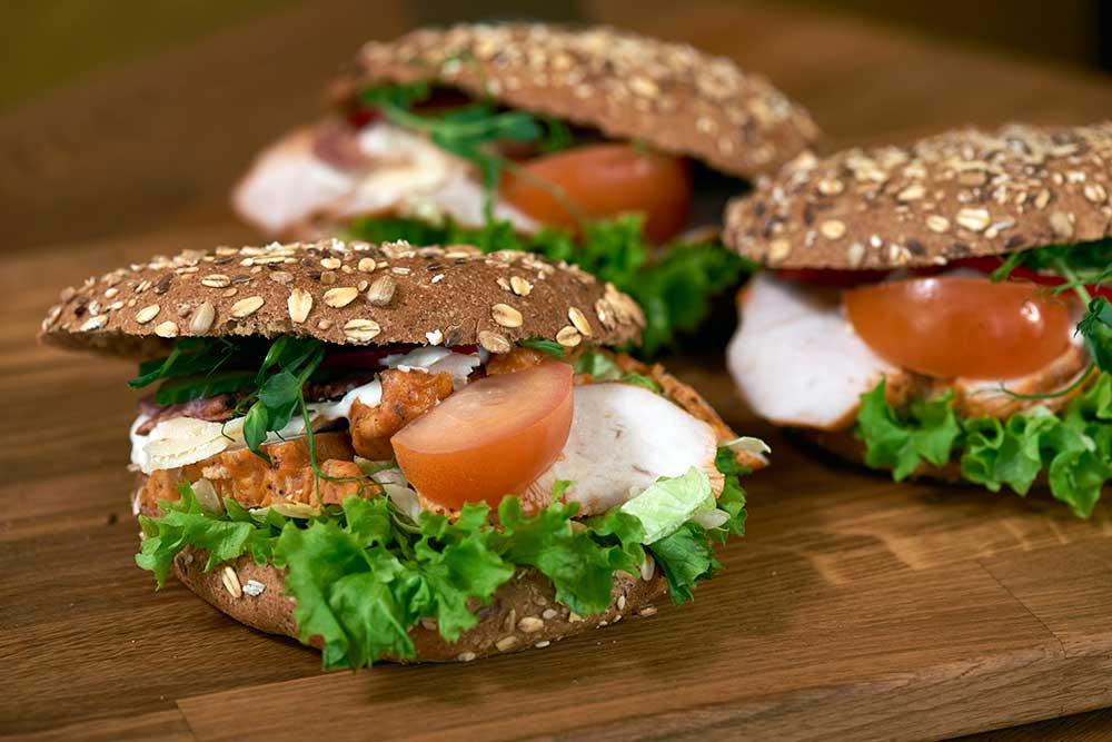 kyckling-bacon-smorgas-kafe