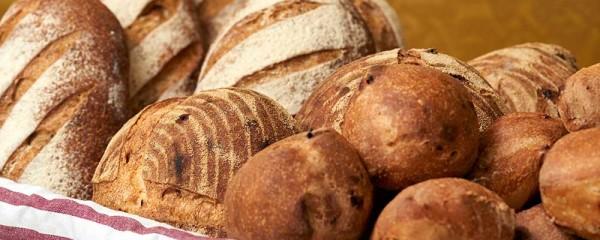 Leverans med brödbil