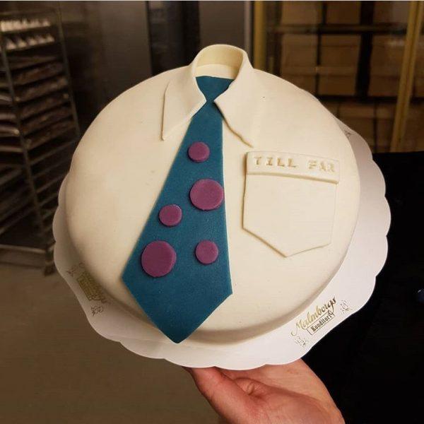 Farsdag firas med tårta
